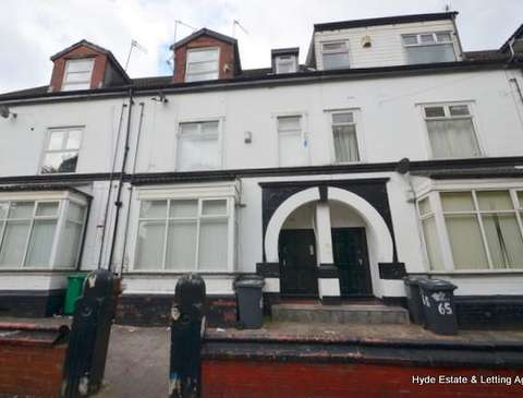 property to rent in higher crumpsall houses flats rh placebuzz com