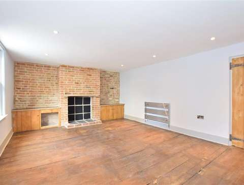 Photo of 2 bedroom end of terrace house for sale in Trinity Square, Broadstairs, Kent