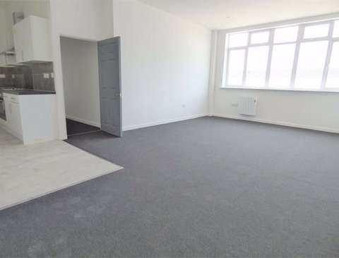 Photo of 2 bedroom flat to rent in Southwell Business Park, Portland DT5