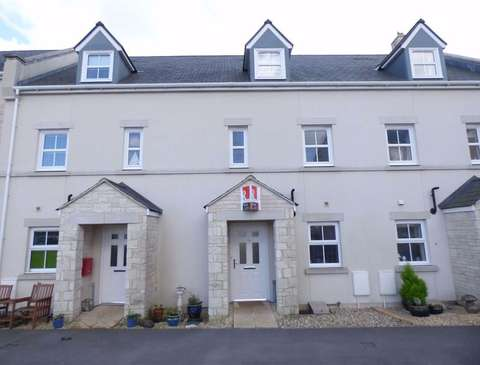 Photo of 3 bedroom town house to rent in Portland, Dorset DT5