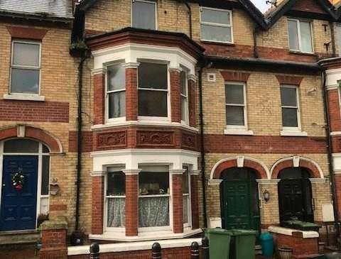 Photo of 1 bedroom flat to rent in Queens Road, Portland, Dorset DT5