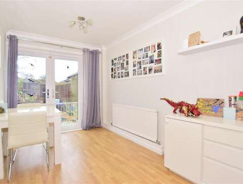 Photo of 3 bedroom terraced house for sale in Crawley, West Sussex RH11