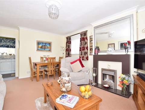 Photo of 2 bedroom flat for sale in Crawley, West Sussex RH11
