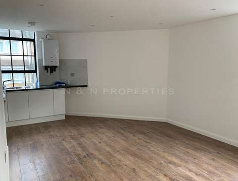 Photo of 1 bedroom flat to rent in Oakfield Road, Walthamstow, E17