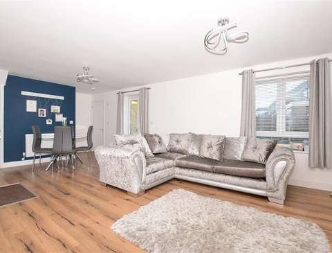 Photo of 3 bedroom semi-detached house for sale in Broadstairs, Kent CT10