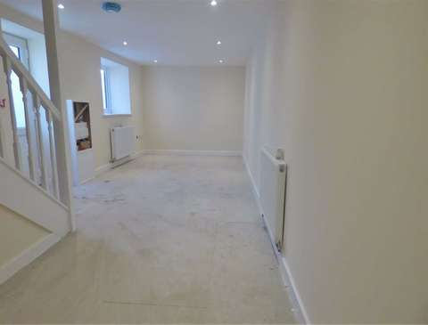 Photo of 2 bedroom cottage to rent in Portland, Dorset DT5