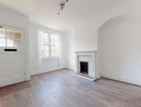 Photo of 2 bedroom terraced house to rent in Balliol Road, London N17