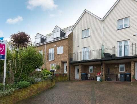 Photo of 3 bedroom terraced house for sale in Eldon Grove, Ramsgate CT11