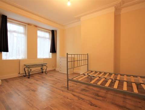 Photo of 2 bedroom flat to rent in Granville Road, Wood Green N22