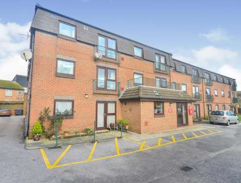 Photo of 1 bedroom flat for sale in Dover, Kent CT17