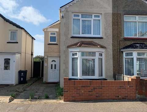 Property To Rent In Clacton On Sea Houses And Flats