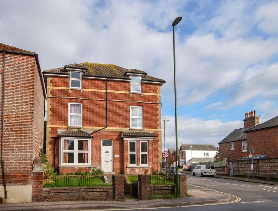 Flats To Rent In Chichester W Sussex Houses And Flats
