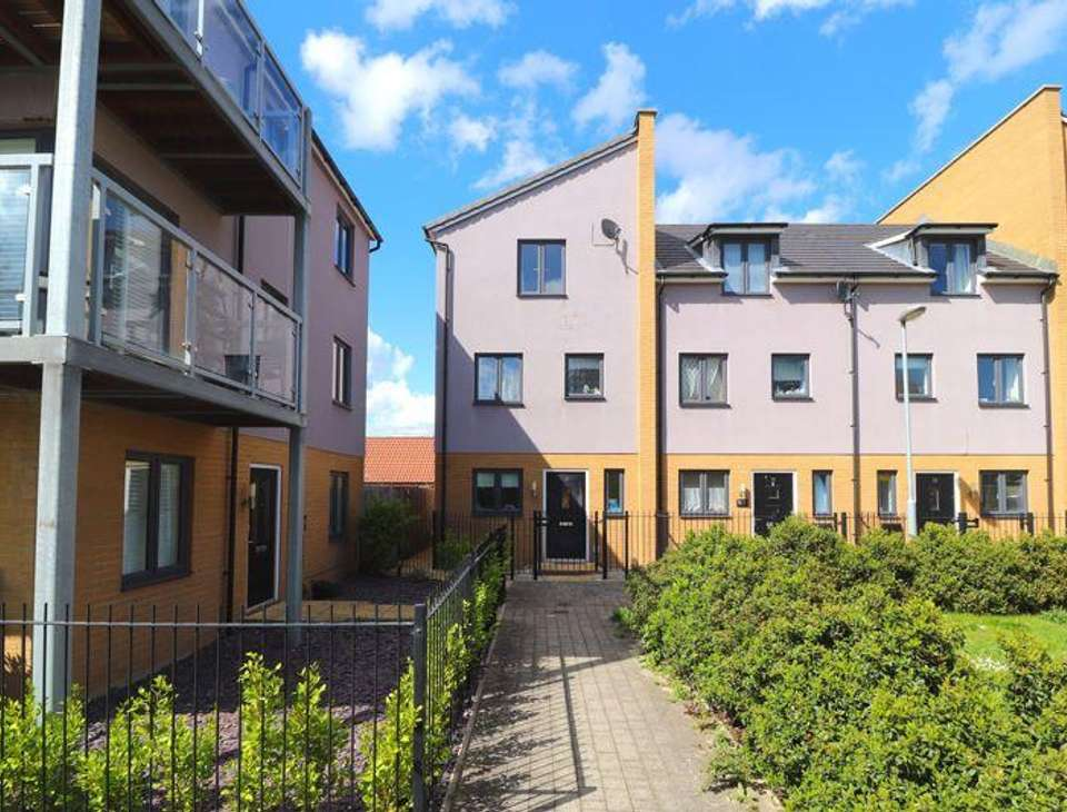 Houses to rent in Gloucester | Houses and Flats